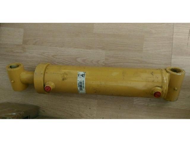 224977001 Гидроцилиндр оутриггера Vermeer 24х40А