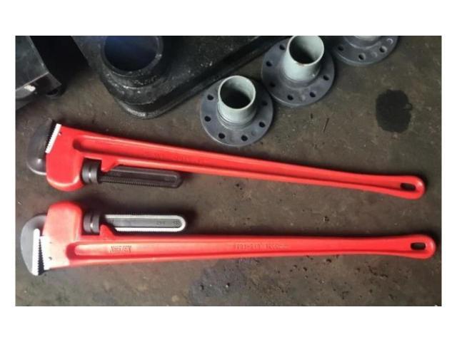 Ключ прямой трубный для буровых штанг гнб