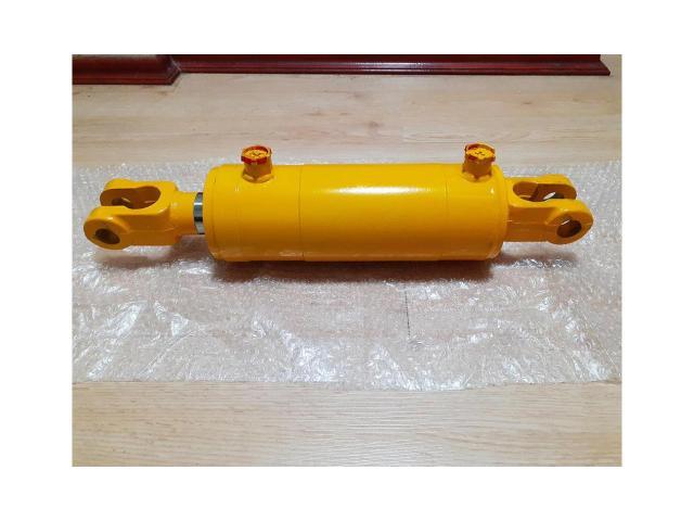 Гидроцилиндр ГЦ 100.50.200.515 с вилками усиленный