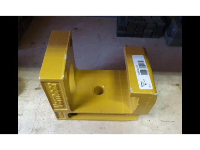 Рама тисков нижняя vermeer d7x11-9x13