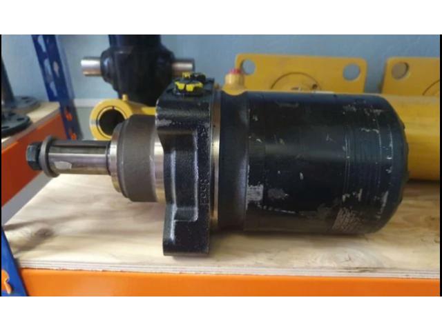 Гидромотор хода Vermeer D7х11 2 серия